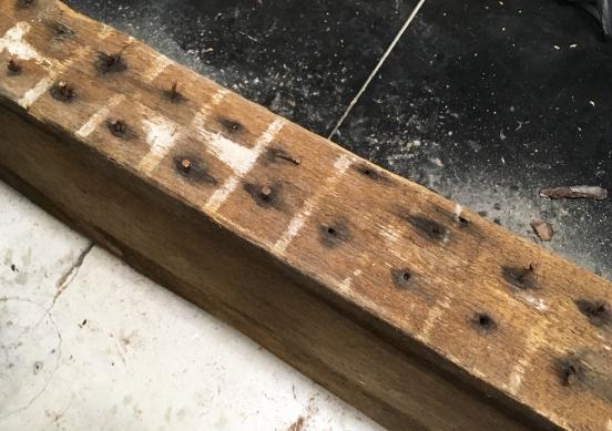 shop116-pulling-rusty-nails-2